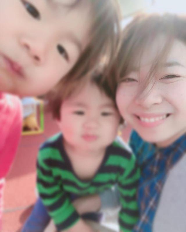 あっぷっぷ♡ハイチーズ♡︎('ω'︎ )#せんせいだいすき#2歳児#舞多聞もりの保育園#もりの保育園#ピンクのハートプロジェクト#0歳からのyoga#まんまるねんね