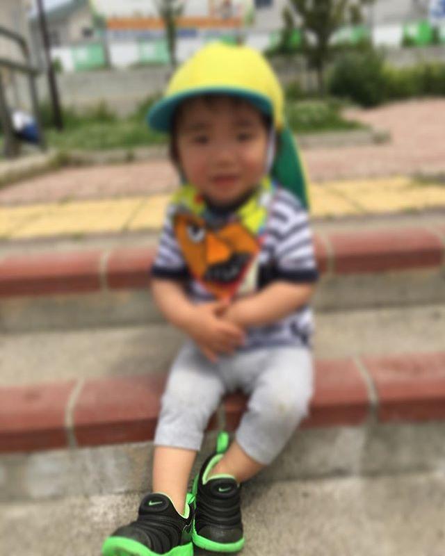 ハイチーズ♡︎('ω'︎ )#にこにこ#1歳児#舞多聞もりの保育園#もりの保育園#ピンクのハートプロジェクト#0歳からのyoga#まんまるねんね