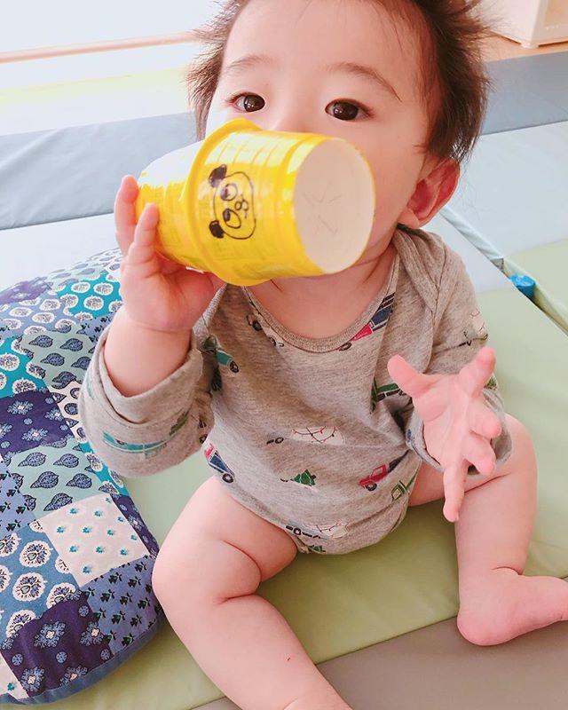 ハイチーズ♡︎('ω'︎ )##0歳児#舞多聞もりの保育園#もりの保育園#ピンクのハートプロジェクト#0歳からのyoga#まんまるねんね