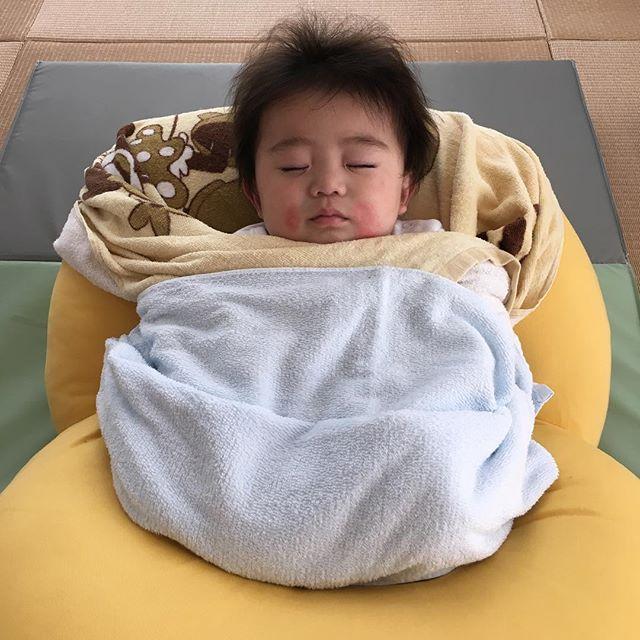 #まんまるねんね#ベビハグ#質の良い睡眠#お昼寝#体づくり心づくり#キラリ