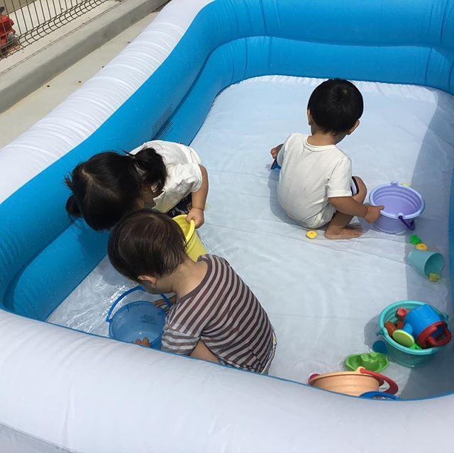 7月にはいってまだまだ梅雨ですがプール遊びが始まりました♪お水大好きでいっぱい遊んでいます8月まで楽しみます#神戸市#垂水区#舞多聞#もりの保育園#舞多聞100年の杜 #サンウッド株式会社